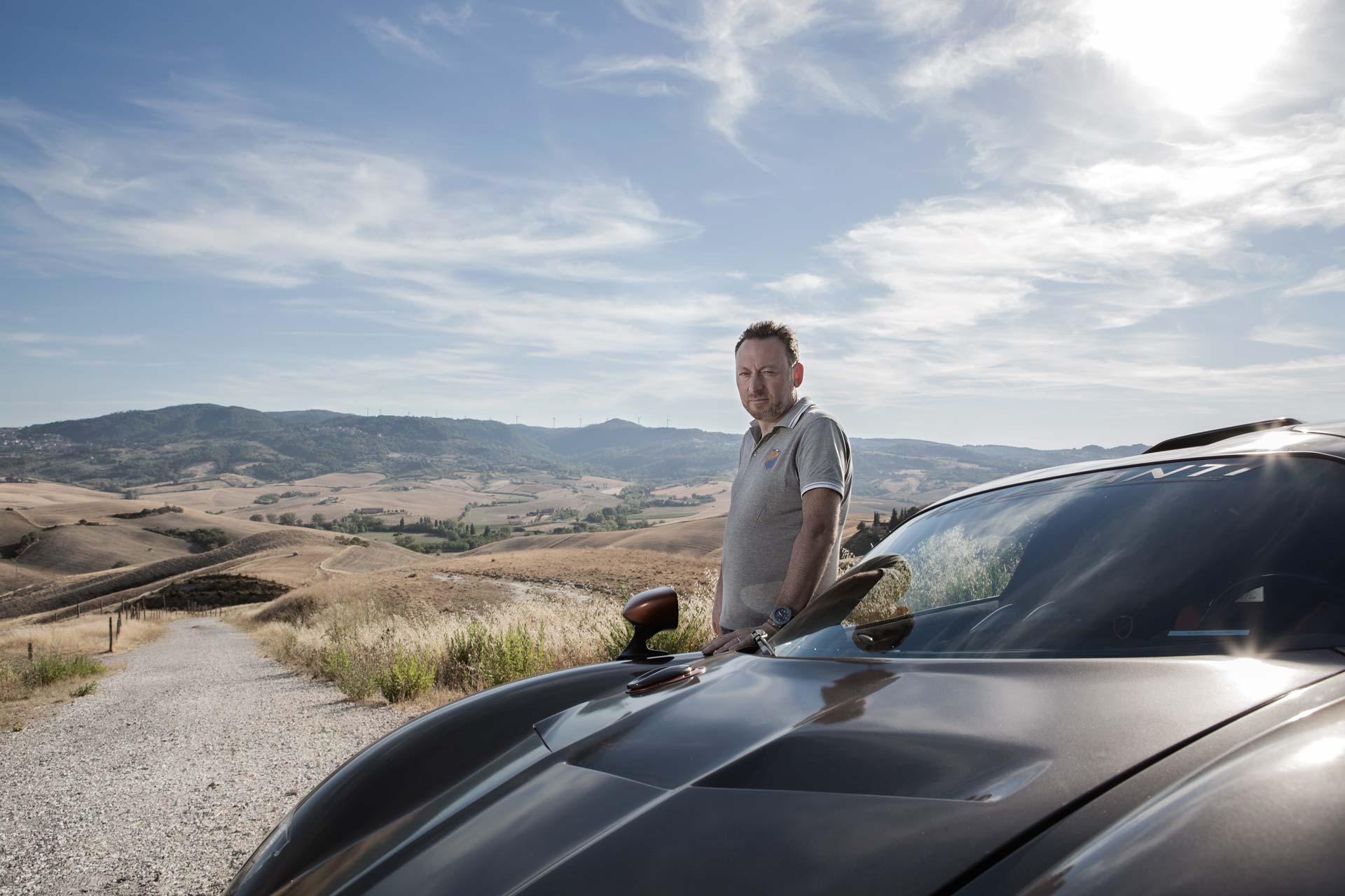 ritratto- di imprenditore luca mazzanti automobili