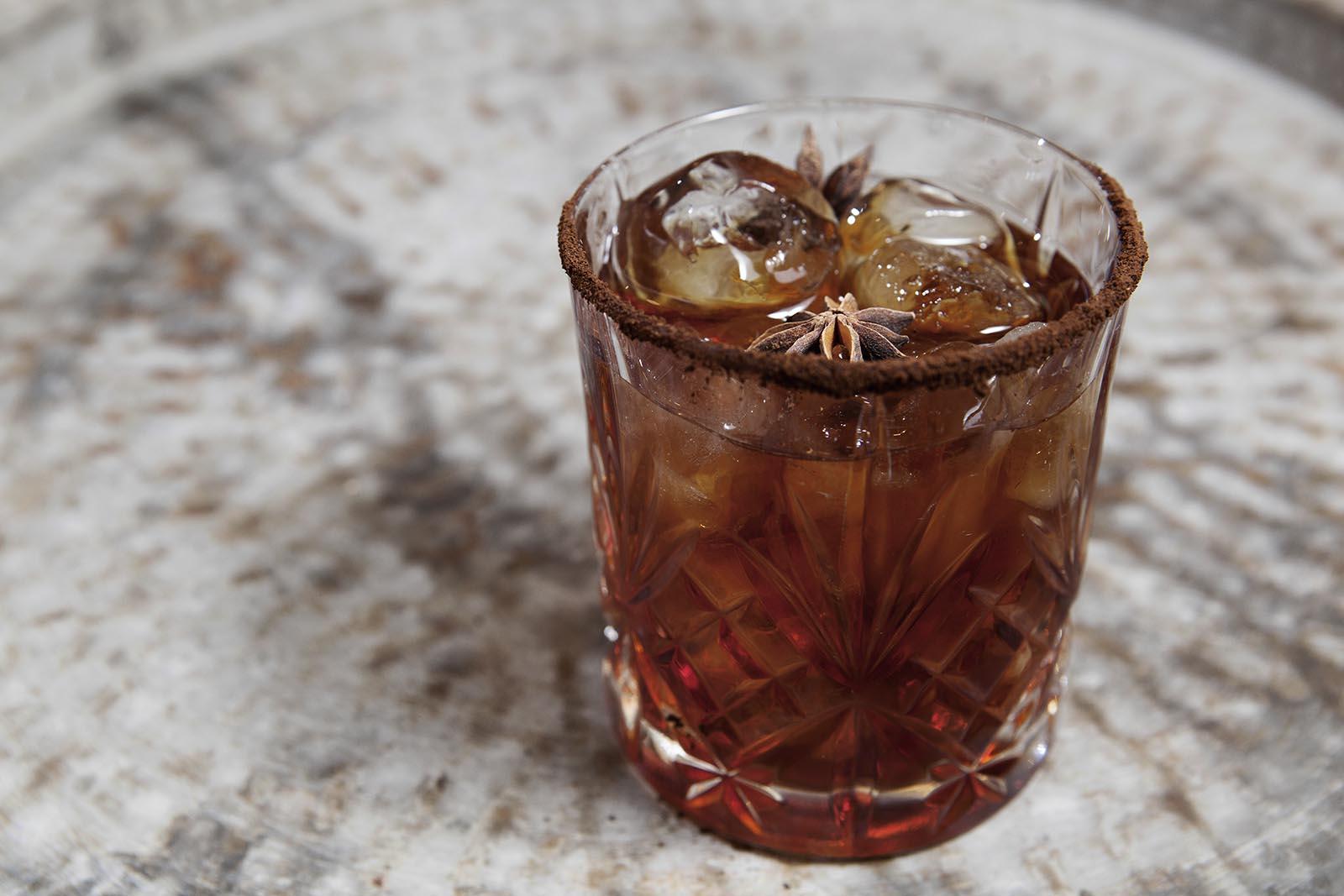 cocktail aperitivo, aibes, aperitivo mito